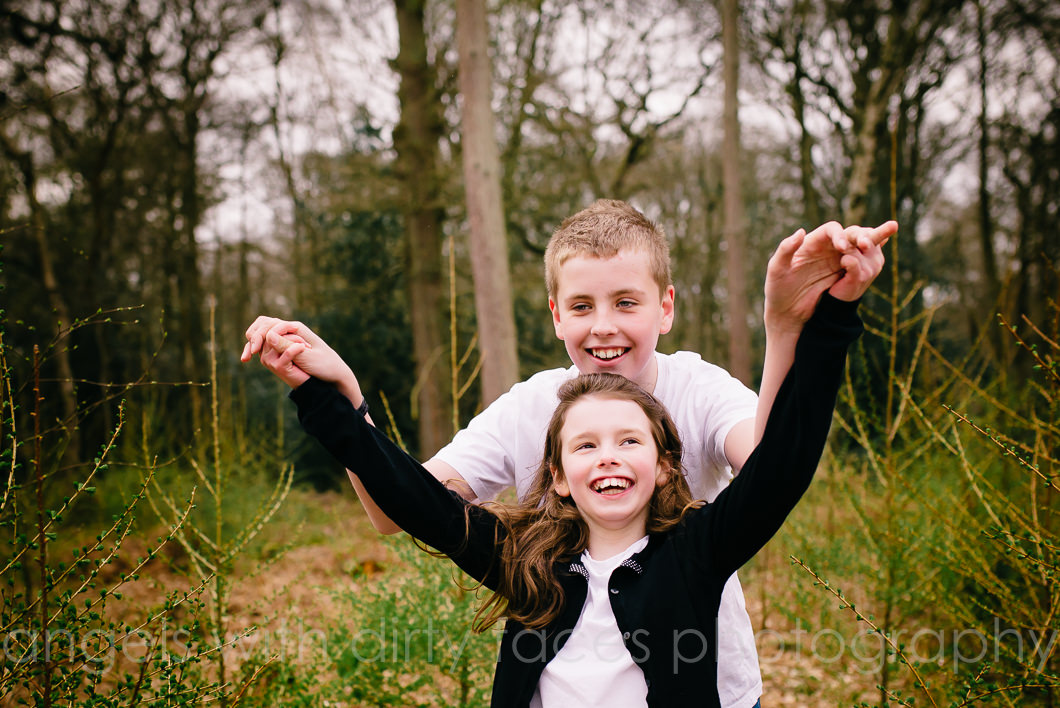 Hertfordshire child photographer fun sibling photo shoot