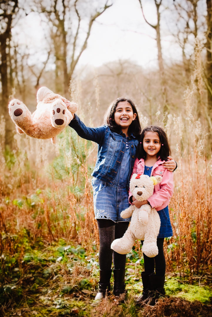 hertfordshire family photographer woodland photo shoot